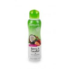 TropiClean Berry and Coconut Shampoo - Hondenshampoo - 355 ml